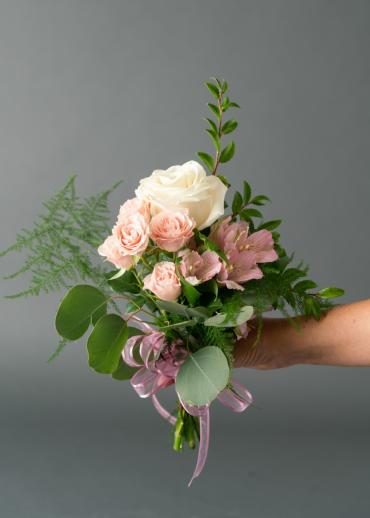 131 Small Handheld Bouquet